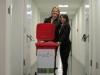 Das GlobalFlow Team mit seiner Wertstofftonne auf dem Weg zum StartUp-Wettbewerb