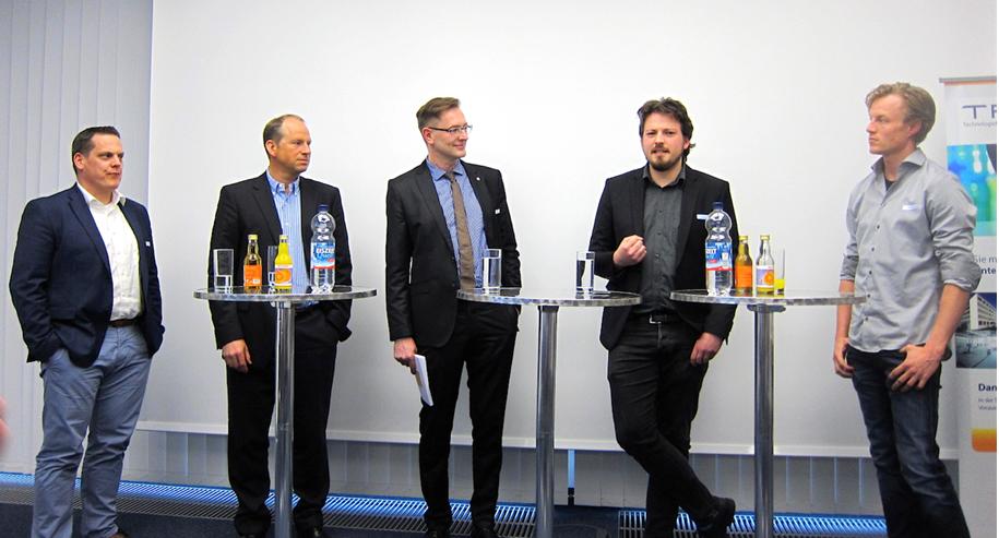 keynote-Speaker Thorsten Wälde, Dr. Dirk Biskup, Moderator Johannes Freyer, Philipp Zajac und Dirk Mehlberg (v.l.n.r.)